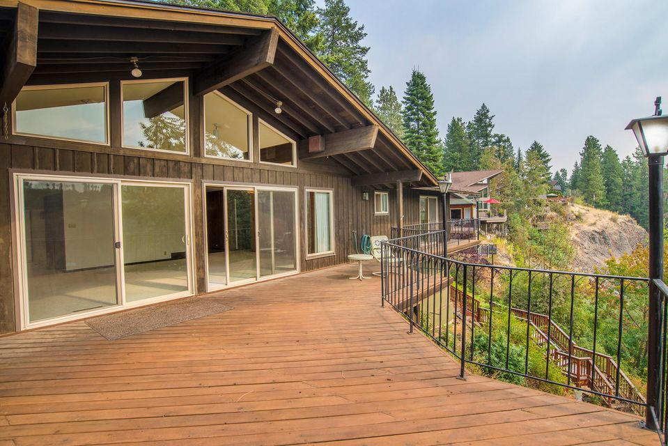 Single Family Home for Sale at 10728 N LAKEVIEW Drive 10728 N LAKEVIEW Drive Hayden Lake, Idaho 83835 United States