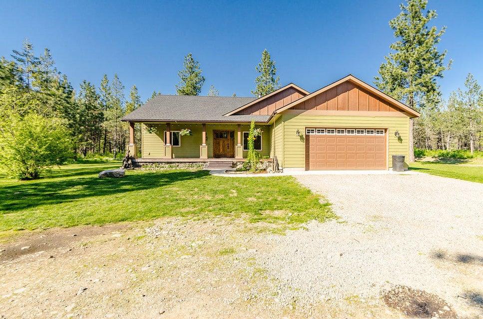 Single Family Home for Sale at 3687 E CUSTER Street 3687 E CUSTER Street Athol, Idaho 83801 United States