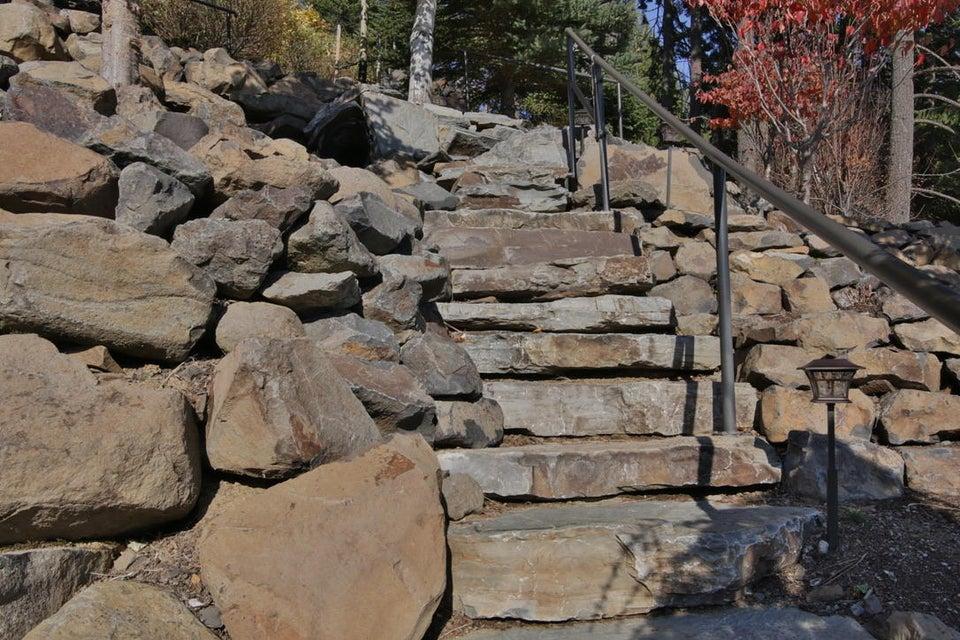 10836 Split Rock Rd
