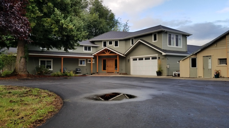 Single Family Home for Sale at 7407 N MT CARROL Street 7407 N MT CARROL Street Dalton Gardens, Idaho 83815 United States