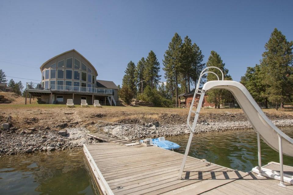 Single Family Home for Sale at 9719 S Lakehurst Drive 9719 S Lakehurst Drive Medical Lake, Washington 99022 United States