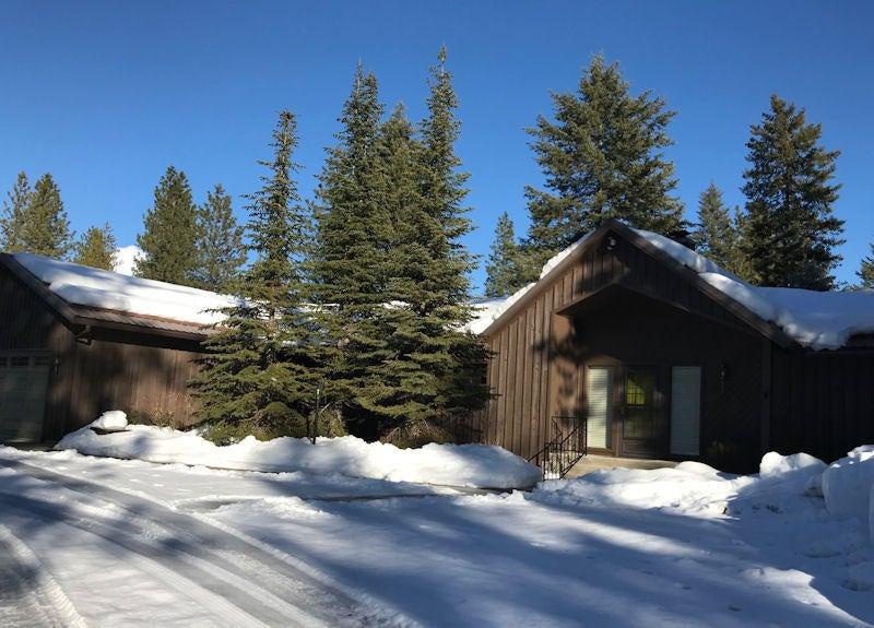 Single Family Home for Sale at 31562 N SPIRIT Drive 31562 N SPIRIT Drive Spirit Lake, Idaho 83869 United States