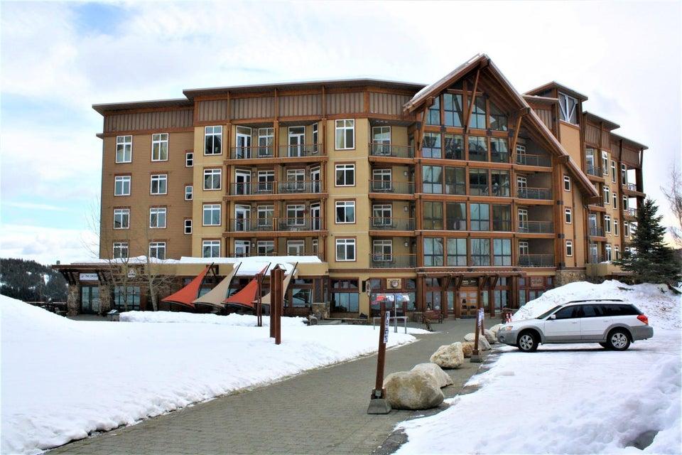 Condominium for Sale at 124 Village Lane 124 Village Lane Sandpoint, Idaho 83864 United States