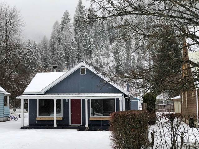 Single Family Home for Sale at 1309 E Mullan Avenue 1309 E Mullan Avenue Osburn, Idaho 83849 United States
