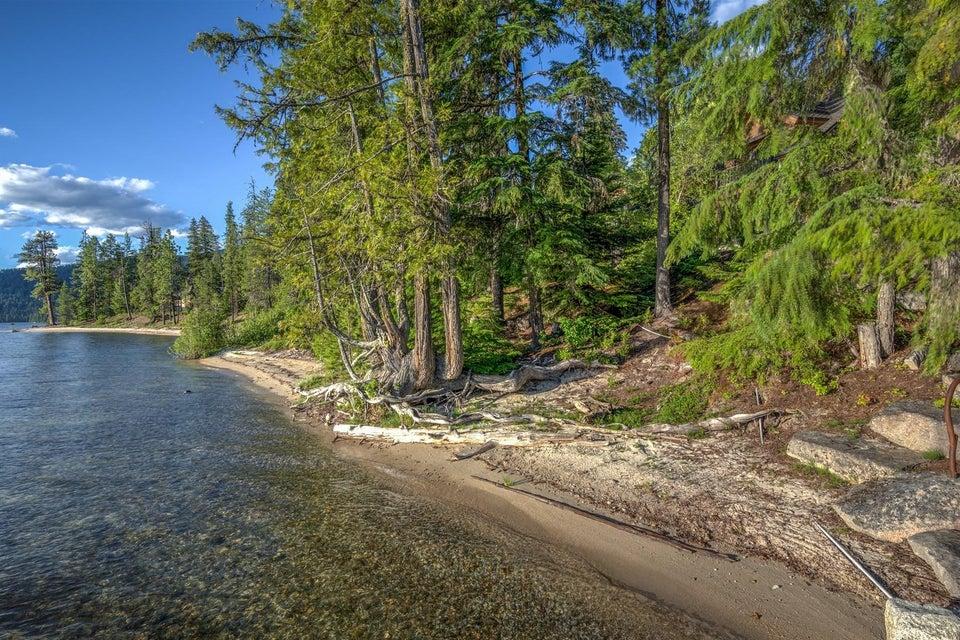 366 Canoe Point Rd