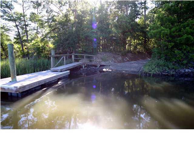 8623  Middleton Point Lane Edisto Island, SC 29438