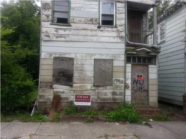 177  Romney Street Charleston, SC 29403