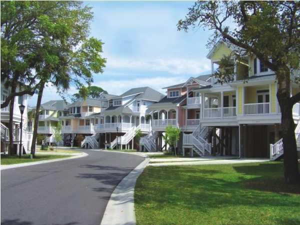 1621  Folly Creek Way Charleston, SC 29412