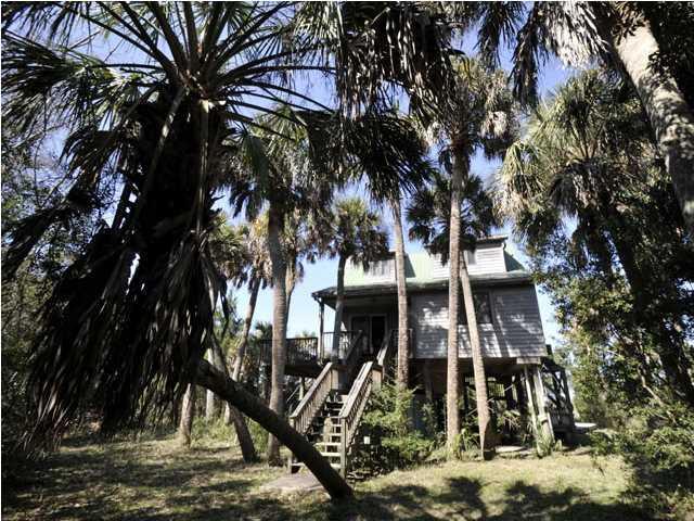 4020  Buccaneer Road Isle Of Palms, SC 29451