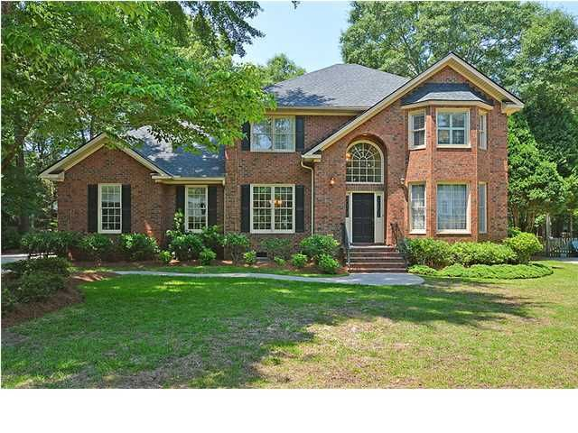 8615 W Fairway Woods Drive North Charleston, SC 29420