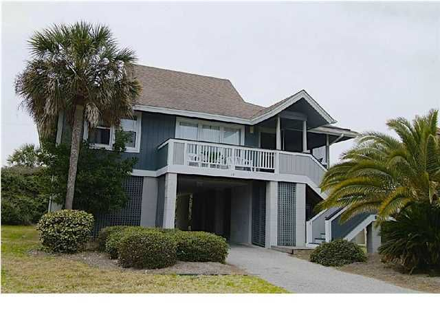10  Beachside Drive Isle Of Palms, SC 29451