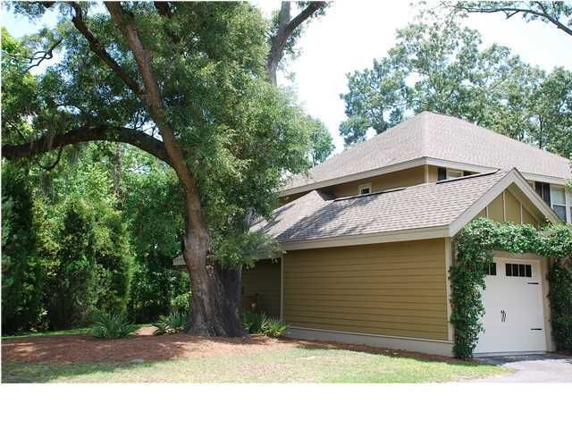 5555  Colonial Chatsworth Circle North Charleston, SC 29418