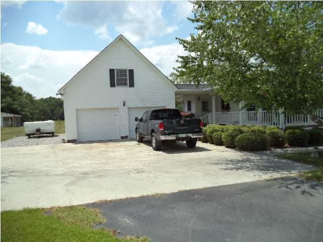 4476  Vance Road Holly Hill, SC 29059