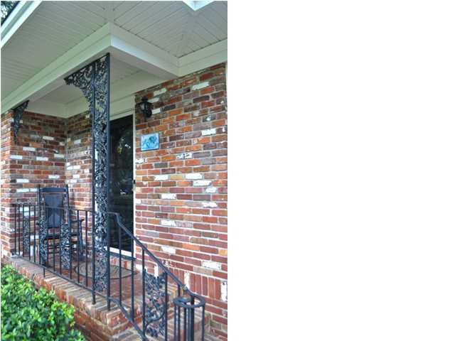 1588  Pickwick Street Charleston, SC 29407