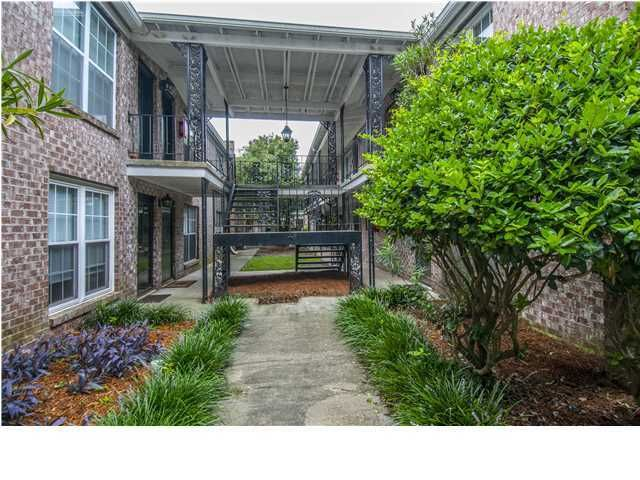 867  Colony Drive Charleston, SC 29407