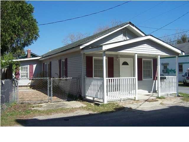 2000  Hugo Avenue North Charleston, SC 29405