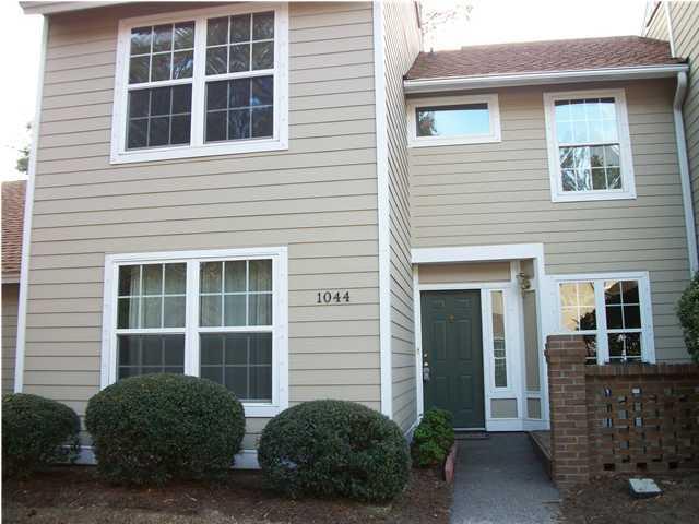 1044  Village Creek Lane Mount Pleasant, SC 29464