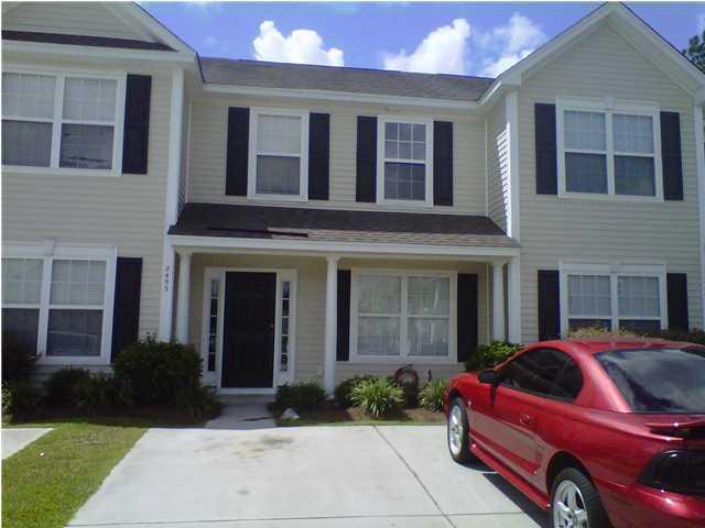 2453  Scholar Lane North Charleston, SC 29406
