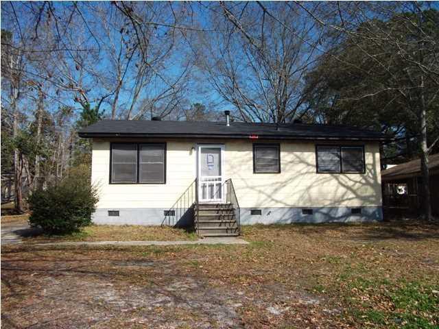 1536  Larry Street North Charleston, SC 29405