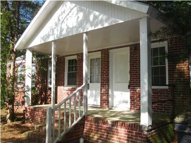 7630 E Oakridge Circle North Charleston, SC 29420