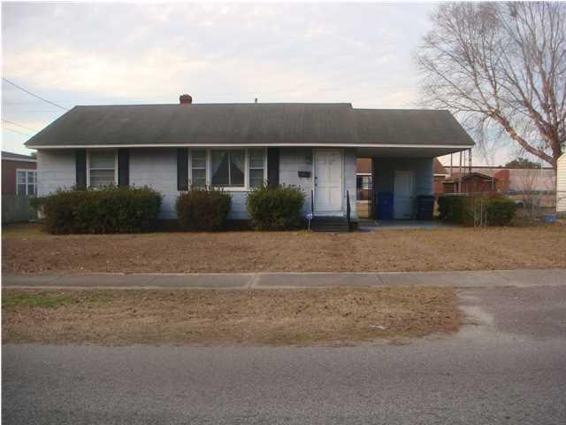 2713  Martha Drive North Charleston, SC 29405
