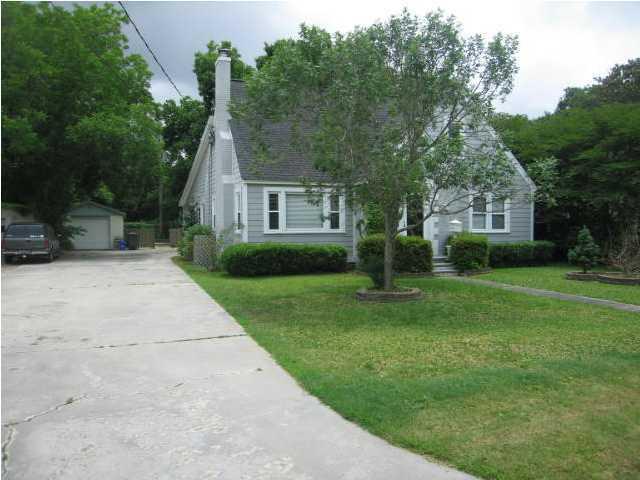 15  Riverdale Drive Charleston, SC 29407