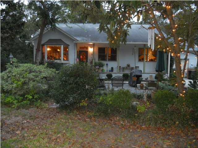 1001  Benton Bend Road Charleston, SC 29412