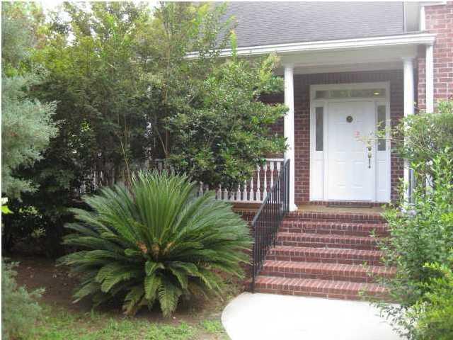 648  Lake Frances Drive Charleston, SC 29412