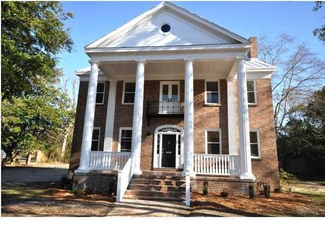 164  Maple Street Charleston, SC 29403