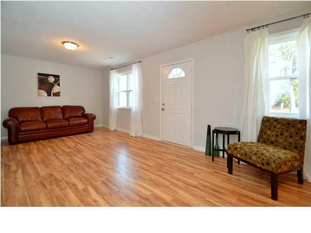 117  Bee Street Summerville, SC 29483