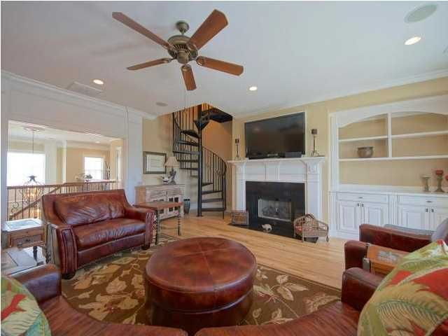 2684  Crooked Stick Lane Mount Pleasant, SC 29466