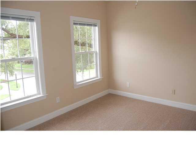 3160  Treadwell Street Mount Pleasant, SC 29466