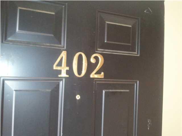 402  Andrea Lane Hanahan, SC 29410