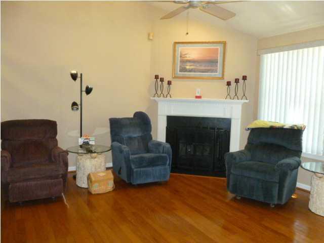 1208  Marvin Avenue Charleston, SC 29407