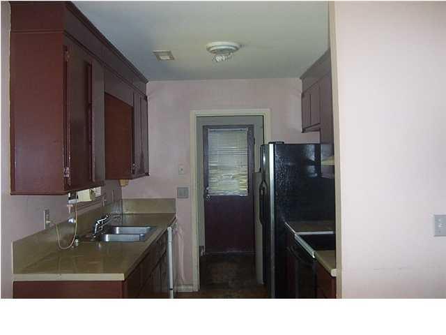156  Hummingbird Avenue Ladson, SC 29456
