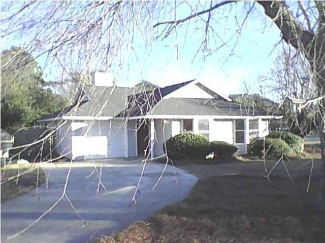 1436  Crossing Lane Mount Pleasant, SC 29466