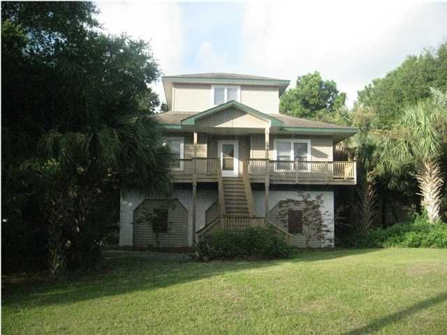 1641  Oak Island Road Charleston, SC 29412