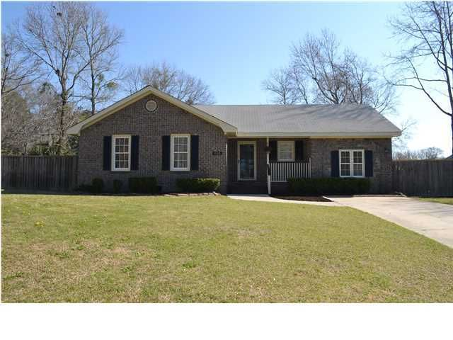 855  Woodgreen Circle Mount Pleasant, SC 29464