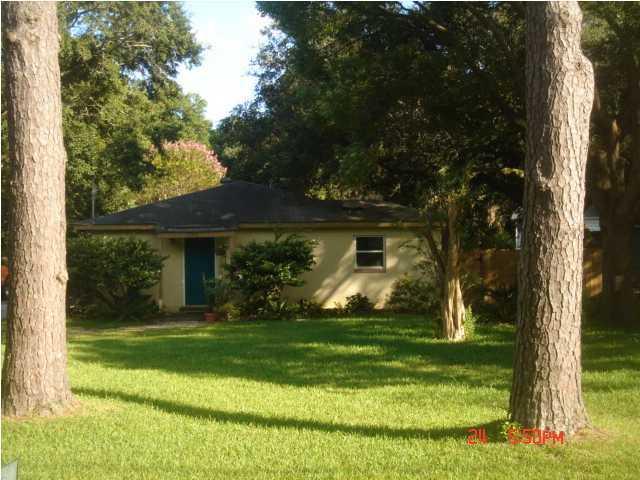 1757  Skinner Avenue Charleston, SC 29407