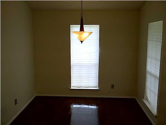 2788  Donner Avenue North Charleston, SC 29406