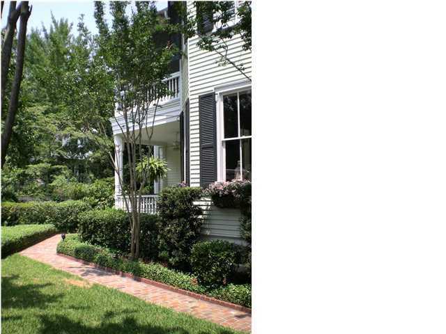 206  Hibben Street Mount Pleasant, SC 29464