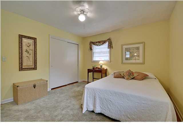 5322  Helene Drive North Charleston, SC 29418