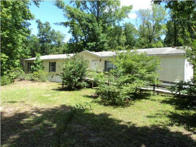 171  Gibbs Summerville, SC 29483