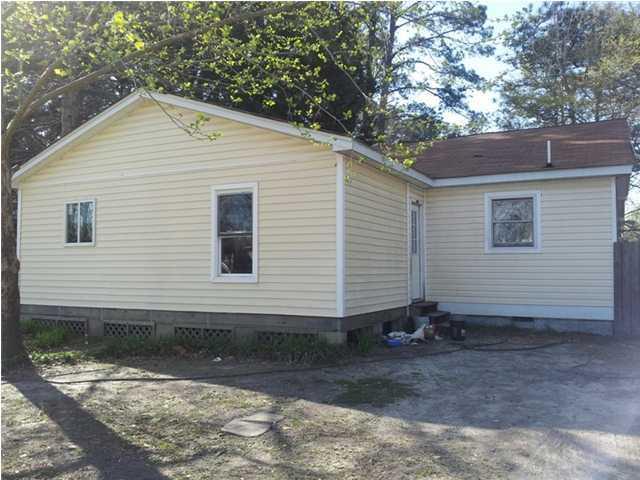 228  Challedon Drive Summerville, SC 29485