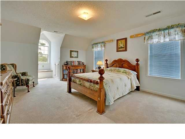 2553  Royal Oak Drive Charleston, SC 29455