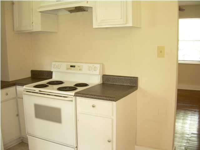 4750  Spruce Street North Charleston, SC 29405
