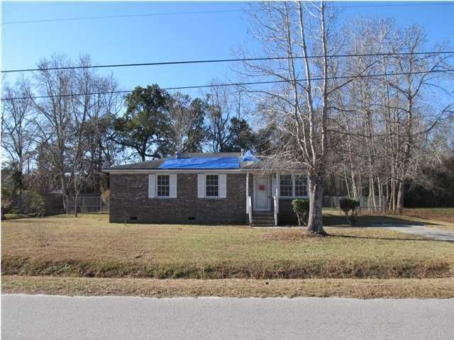 5081  Fields Road Hollywood, SC 29449