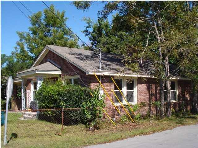 3100  Appleton Avenue North Charleston, SC 29405