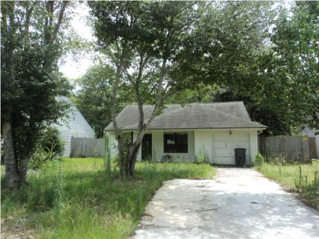 319  Macgregor Drive Summerville, SC 29483