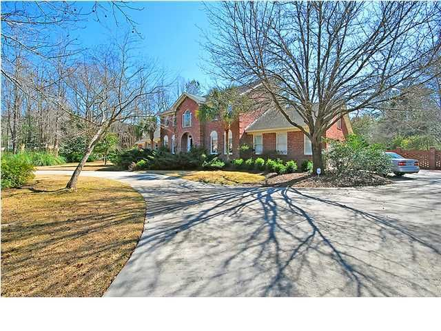 491  Barfield Drive Summerville, SC 29485